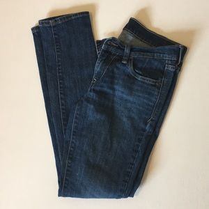"Old Navy ""the diva"" size 4 jean straight leg"
